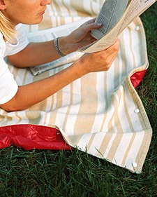 Waterproof Beach Blanket DIY