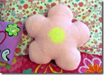 flower pillow crochet pattern