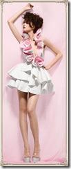 designer toilet paper dress 09-2