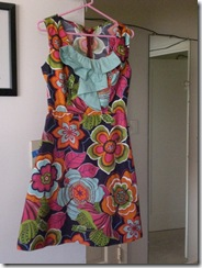 free dress pattern: ruffles : flower power 60s style