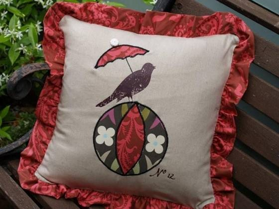 How to Make a Parasol Bird Pillow
