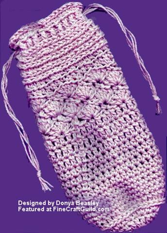 crochet bottle cozy pattern :: FineCraftGuild.com