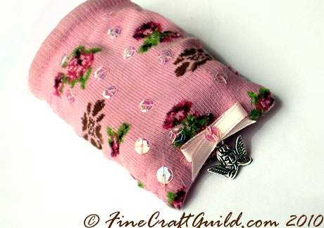Free recycled baby sock craft tutorial by FineCraftGuild.com