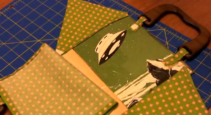 How to make a book bag - featured at finecraftguild.com