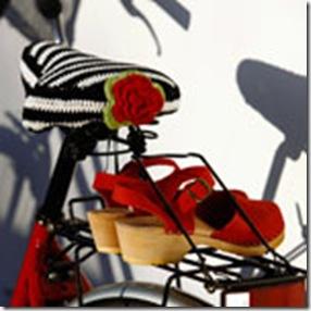 crochet bike seat2