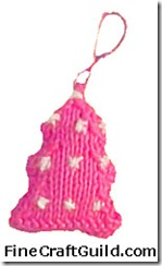 knitted christmas tree ornamen