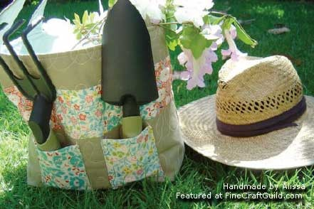 garden quilted tote bag free sewing pattern