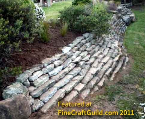 How to build a self retaining garden wall - How to build a garden retaining wall ...