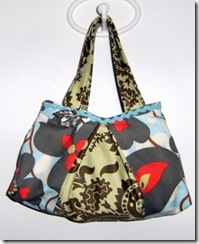 peekaboo free bag sewing pattern