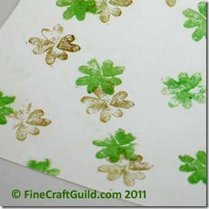 st patrick's day crafts :: free stamp for shamrock cards, art or gift paper