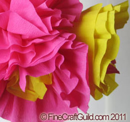 making tissue paper flowers