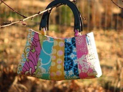 Quilted Petal Bag :: Free Pattern