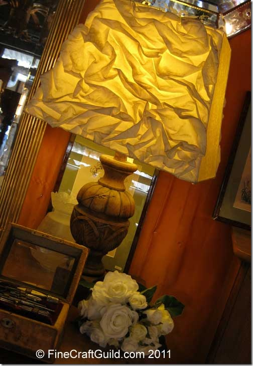 wrinkled_fabric_lamp