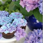 hydrangea_cupcakes_glorioustreats_thumb.jpg