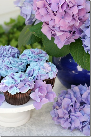 Hydrangea Cupcakes Recipe: Learn Howto Make Flower Frosting