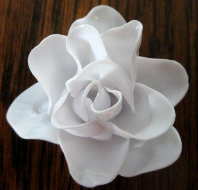 DIY 'Porcelain' Rose (plastic spoons)