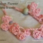 crochet_friendship_bracelet.jpg