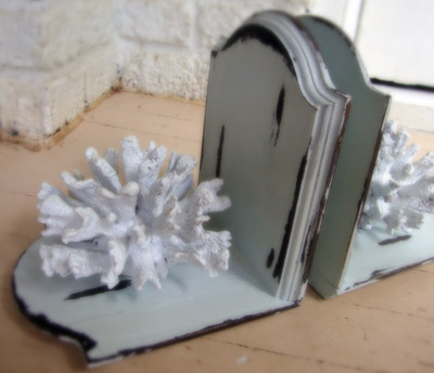 Shabby chic DIY book-ends  - by Match Made on Hudson, featured at FineCraftGuild.com