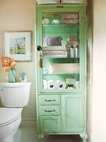 Beach-Themed Bathroom storage ideas