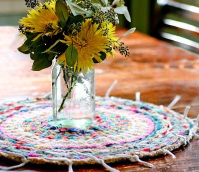 Finger Knitting Patterns: Lovely Loom Rug