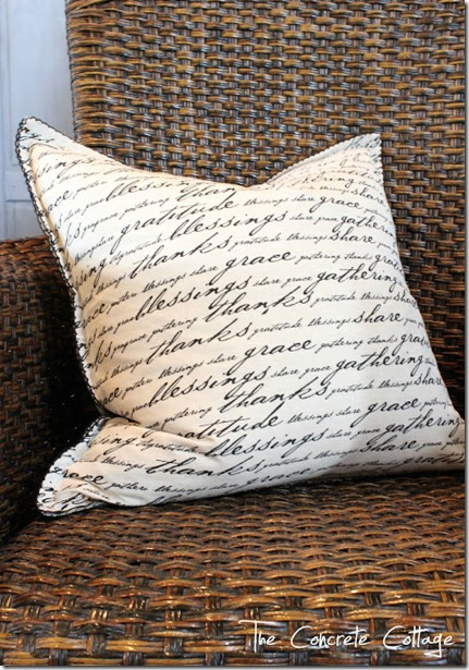 linen_napkin_pillows