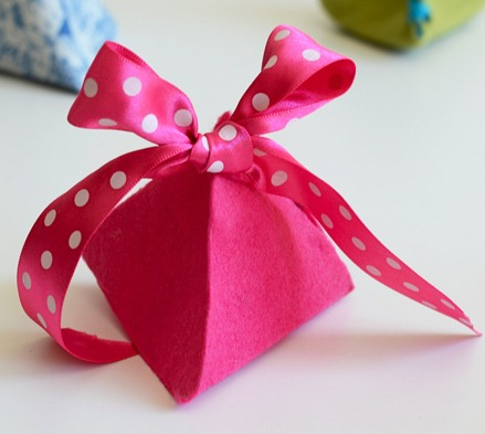felt pyramid ribbon gift wrap