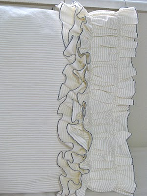 anthropologie-inspired_ruffle_pillow_case_pattern
