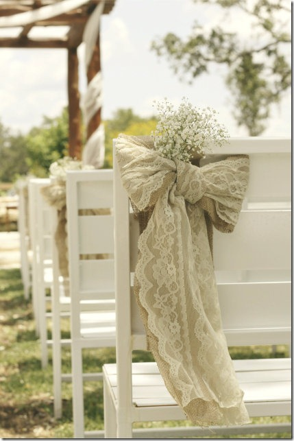how to make a burlap bow with lace