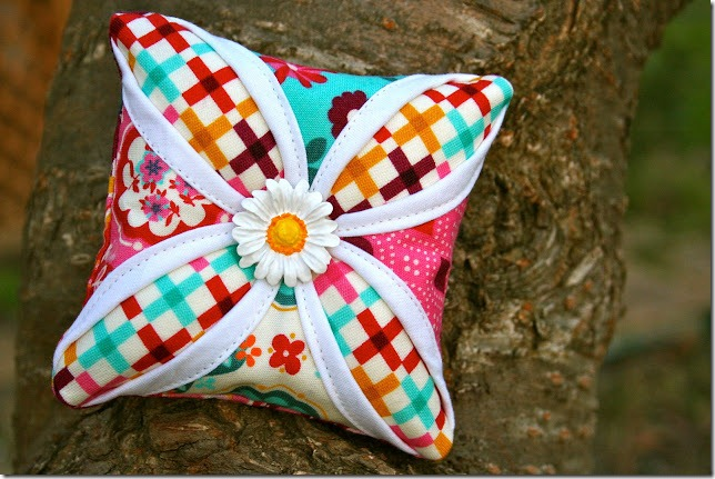 quilting sunburst decorative pillows