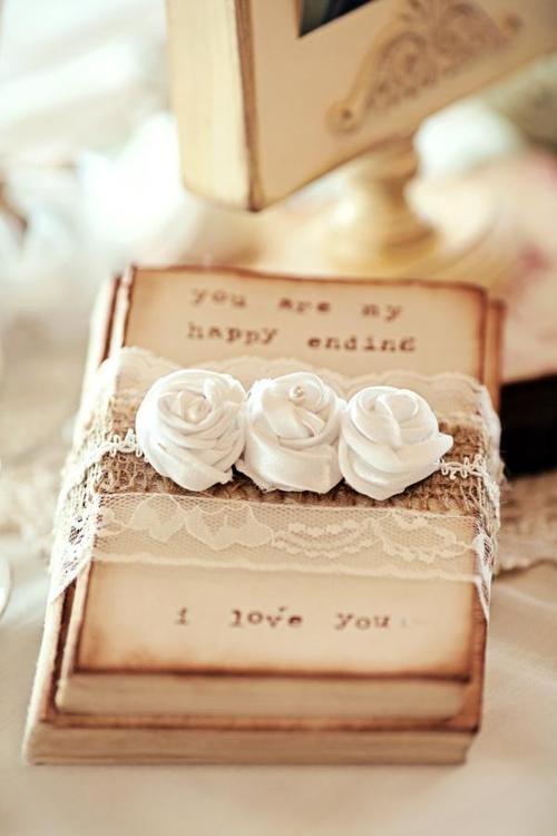 Romantic Valentines Wedding Decor