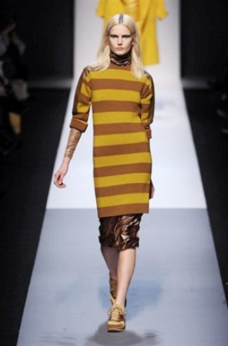 Sweater dress from the Max Mara collection for FW 2013-2014