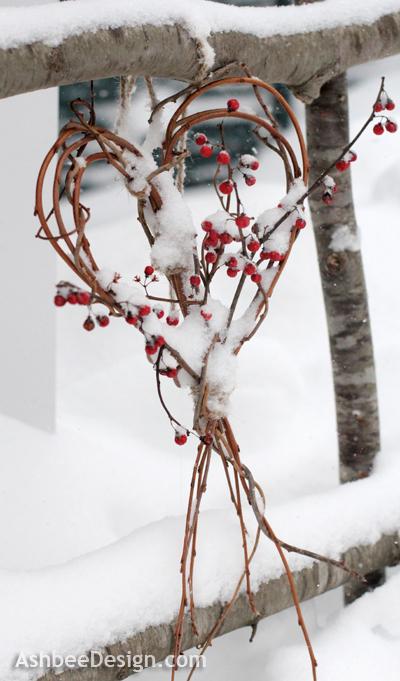 http://www.finecraftguild.com/wp-content/uploads/2013/02/twig_heart_valentines.jpg