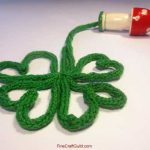 Finger Knitting Projects :: Shamrock