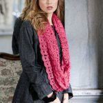 Broomstick Infinity Scarf – Free Crochet Patterns