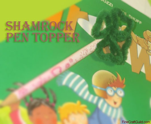 Ideas for St. Patrick's Day Crafts  -Pipecleaner Shamrock
