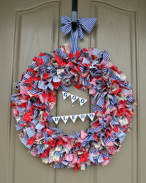 4th of July wreaths :: rag wreath tutorial