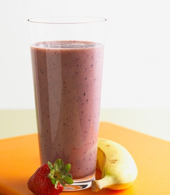 healthy snacks summer recipes blueberry banana smoothie recipe :: FineCraftGuild.com