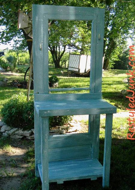 recycled_door_diy_potting_bench