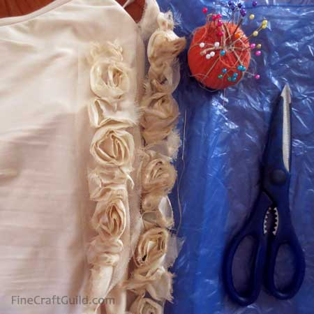 tank top refashion lace roses