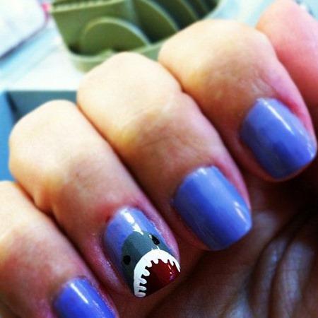 shark nail art  :: shark crafts diy :: free tutorials :: FineCraftGuild.com