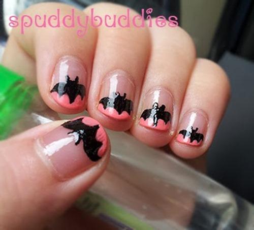 Halloween_nail_art_bats