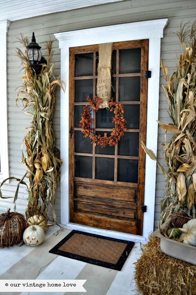 fall-landscaping-ideas-frontdoor-curb-appeal