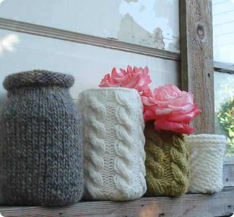 knitted vases, featured at DesignSponge and FineCraftGuild