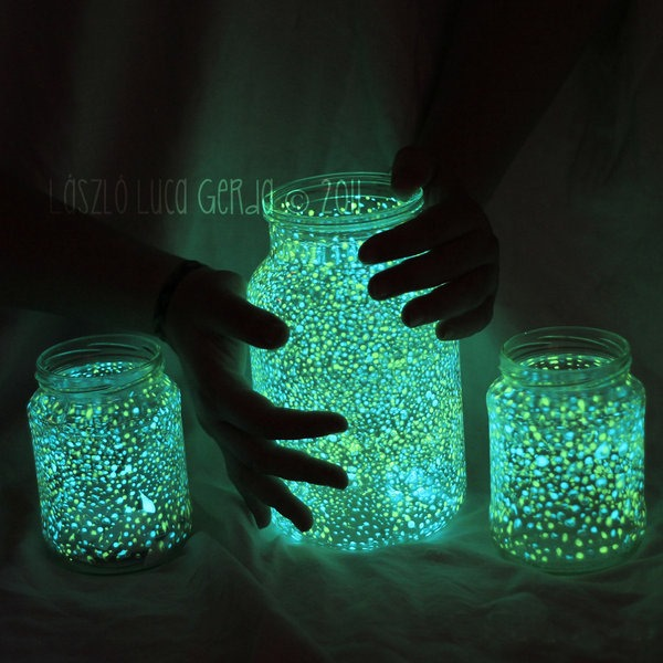 glow in the dark jars & other shiney Halloween projects
