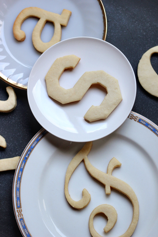 easy typography Christmas cookies recipe