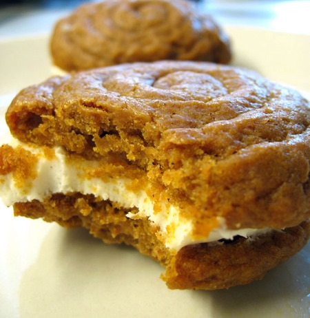 pumpkin_pies_cream_cheese_filling