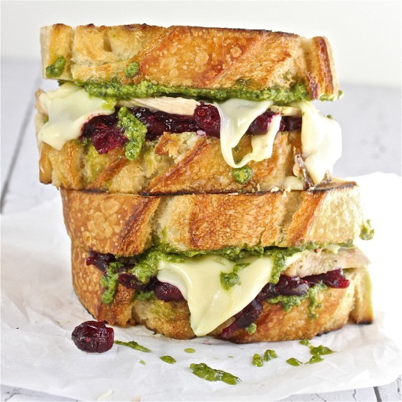 turkey_pesto_cranberry_snacks
