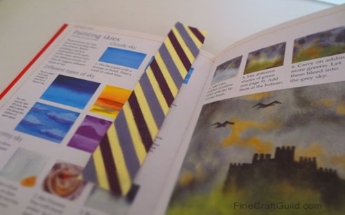 Learn how to Make Beautiful Striped Bookmarks :: FineCraftGuild.coms