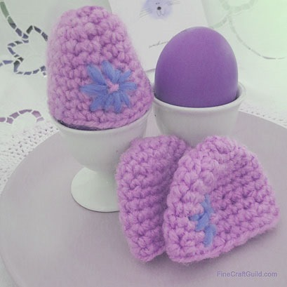 Easy Easter egg warmers crochet pattern :: FineCraftGuild.com