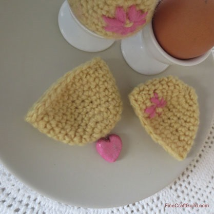 Easter egg warmers crochet pattern :: FineCraftGuild.com